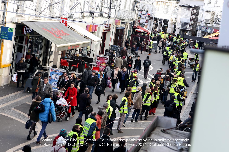 Retour en images sur la chaîne humaine du 6 décembre 2014 – photos Benjamin Dubuis